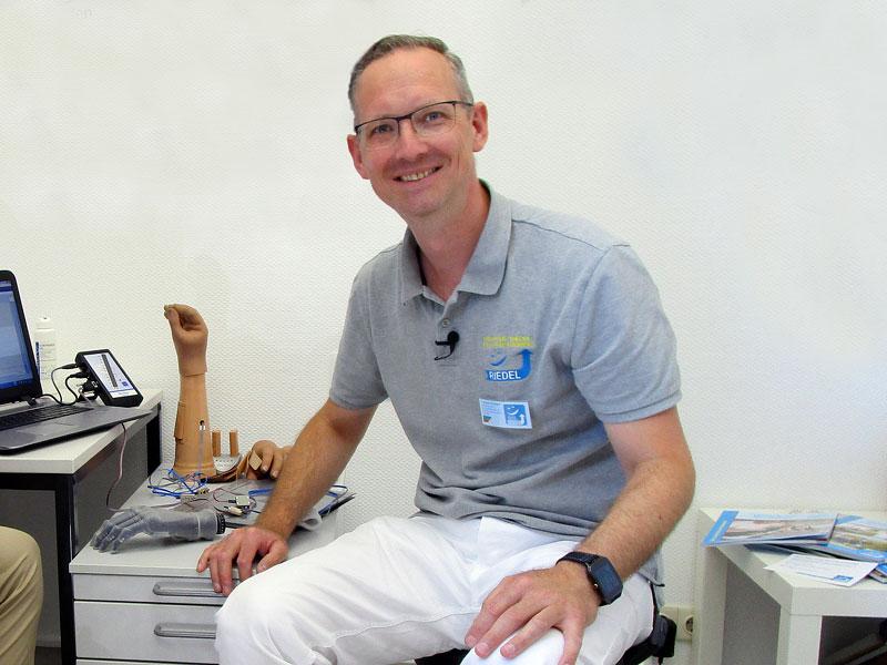Orthopädietechniker-Meister vom Sanitätshaus Riedel & Pfeuffer